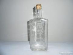 Pincetok üveg palack