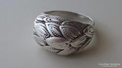 Gyönyörű ezüst gyűrű