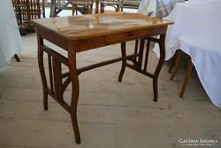 Szecessziós tölgy asztalka, íróasztal