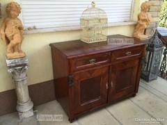Antik bútor, Ónémet szekrény, komód.