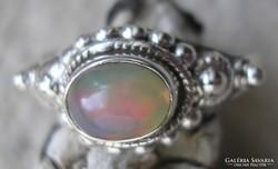 925 ezüst gyűrű 18,3/57,5 mm, etióp opállal
