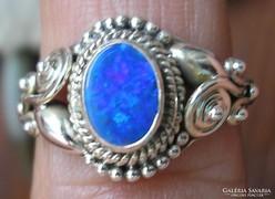 925 ezüst gyűrű, 17,5/55 mm, ausztrál tűzopállal