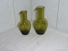 Nyomott oldalú zöld üveg kiöntő, 2 db, Zöld üveg kancsó