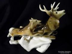 Q616 Nagyméretű Royal Dux porcelán szarvas