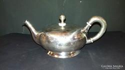 Ezüst teáskanna