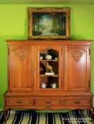 Neobarokk stílusú tölgyfa tálaló szekrény