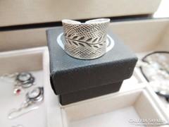 Indamintás izraeli kézműves ezüst gyűrű