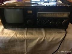 Működő 40éves Hitachi TV/rádió/kazettás magnó