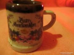 Mini porcelán virágmintás  korsó  Á011