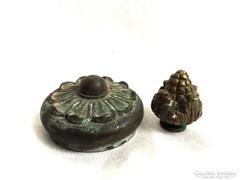Antik bronz díszek