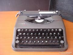 Hermes baby írógép - eredeti táskájában