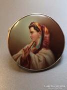 Különleges antik kézzel festett ezüst sálgyűrű női portréval