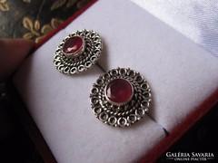 Filigrán antik ezüst rubin fülbevaló pár bedugós - 925-ös