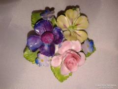 Filigrán antik porcelán kitűző, női ékszer, virágos bross
