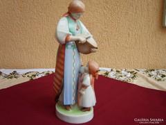 Zsolnay kenyeret szelő anya