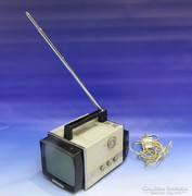 0J700 Retro orosz VL-100 hordozható TV