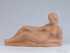 0J953 Kubisch János terrakotta fekvő női akt