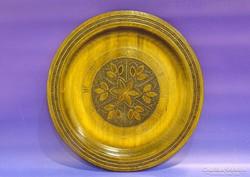 0K089 Égetett díszítésű fa falidísz tányér