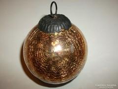 Antik karácsonyfadísz aranyszínű üveggömb fém belsővel