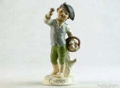 0K419 Jelzett GOEBEL porcelán fiú szobor 14 cm