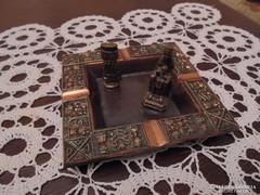 Iparművészeti bronz hamutartó+2 csikknyomó