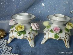 Gyönyörű porcelán gyertyatartó pár
