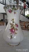 Chodziez gyönyörű rózsás váza