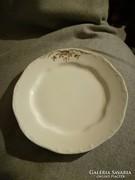 Zsolnay kézzel festett tányér