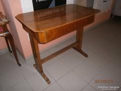 Biedermeier asztal