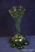 Csavart palástú, vastag, kézzel készített üvegváza (7)