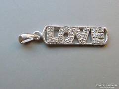 Ap 436 - Ezüst LOVE medál átlátszó kristályokkal