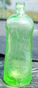 Különleges alakú uránzöld szódásüveg