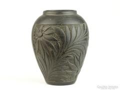 0K693 Régi feketecserép virágváza 12.5 cm