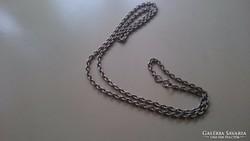 Antik,  sima egyszerű, nagyon masszív erős ezüst nyaklá