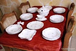 6 személyes, 19 részes Zsolnay étkészlet