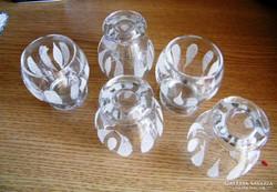 5 db retro likőrös pohár  6 x 4 cm