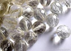 Vintage cseh csiszolt kristály gyöngy