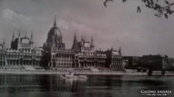 Régi fotók képeslapok a szocreál Budapestről