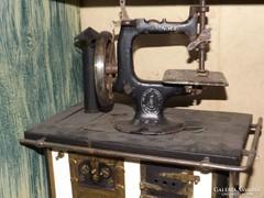 Antik 1910 gyerek játék varrógép makett