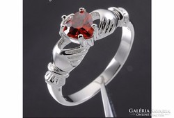Gyűrű piros szív alakú kővel 7-es ÚJ!