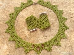 Oliv zöld nyaklánc és karkötő gyöngy ékszer szett