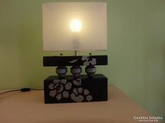 Art deco jellegű kerámia asztali lámpa