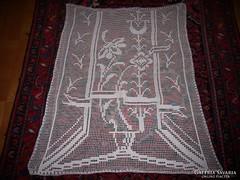 Virág mintás, horgolt, nagyobb méretű vitrázs függöny- 97X80