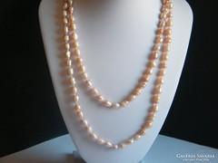 Halvány rózsaszín hosszú tenyésztett gyöngy nyaklánc