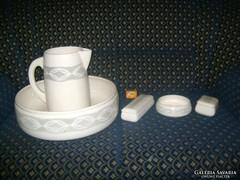 Régi kerámia mosdótál és tartozékai - fürdő szett
