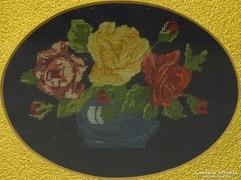 0K813 Régi tűgobelin rózsa csendélet keretben