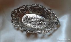Bécs 835 ezüst tálka.
