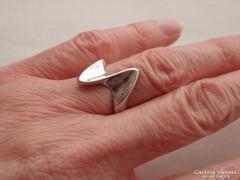 Szép masnis ezüstgyűrű