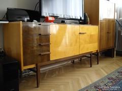 CSEHSZLOVÁK RETRO 'UP ZÁVODY' SIDEBOARD KOMÓD #074