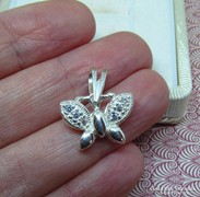 Köves pillangó ezüst medál - lepke - új ékszer